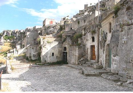 マテーラの洞窟住居と岩窟教会公...